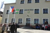 Deset let byla bývalá skřipovská škola bez využití. Nyní slouží obecnímu úřadu a sociálnímu bydlení.