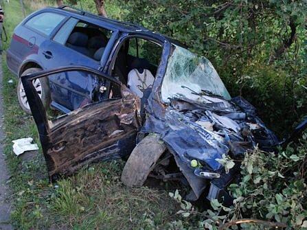 Sobotní dopravní nehoda mezi Kozmicemi a Dolním Benešovem.
