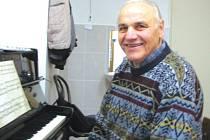 U klavíru tráví Václav Paclík pořád hodně času.