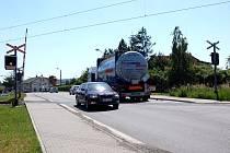 České dráhy kvůli záruční opravě železničního přejezdu v Komárově zkomplikují dopravu řidičům jedoucím směrem na Ostravu.