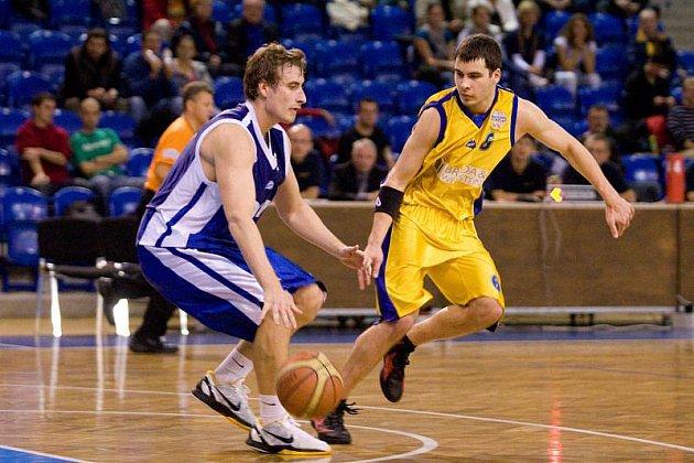 BK Breda & Weinstein Opava - BC Kolín 82:87