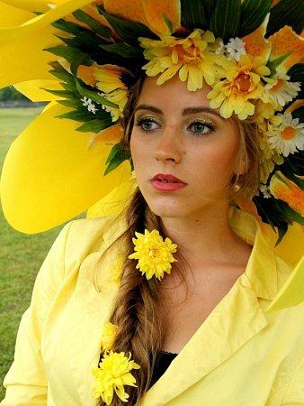 Talentovaná floristka zHněvošic umí skvětinami dělat nevšední věci.