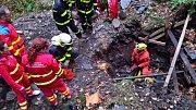 Zásah u pádu devětašedesátiletého muže do staré břidlicové štoly v Mokřinkách.