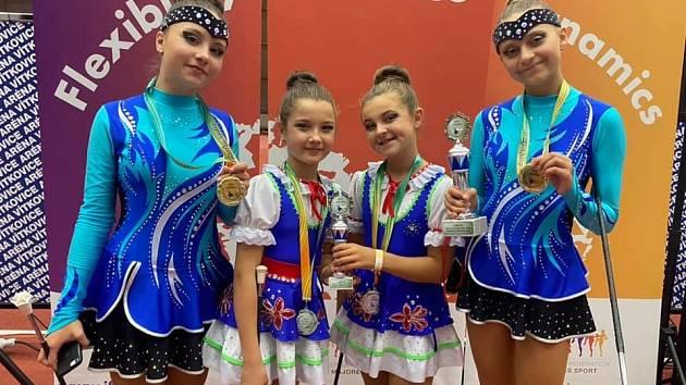 Taneční studio se zaměřením na mažoretkový sport MK Ballerisimo Hlučín sbíralo medaile v Ostravě.