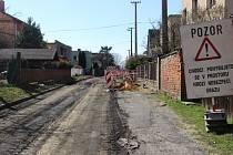 Rekonstrukce ulic v Kylešovicích v pondělí začala. Potrvá do září.