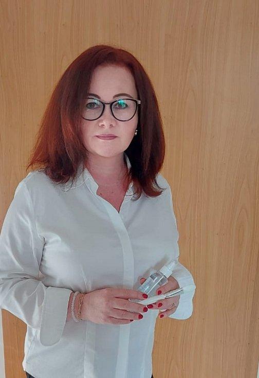 Kosmetička Lucie Beyer.