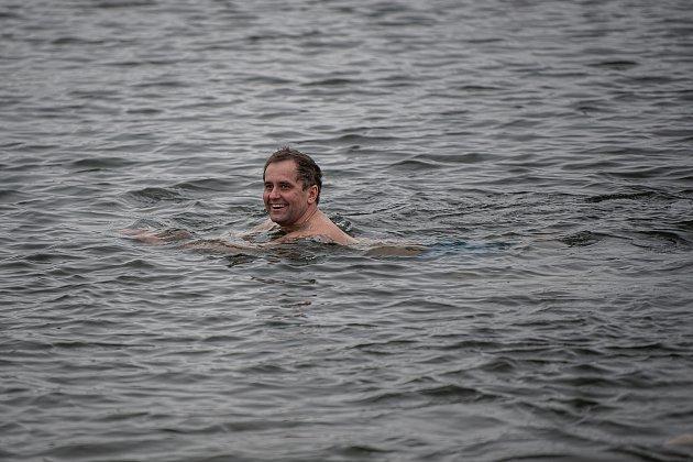 Otužilci uStříbrného jezera, 7.února 2021vOpavě.