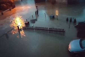 Záplavy na Opavsku, 12. května 2021. Snímky sdílejí lidé na facebookovém profilu Prajzská republika.