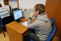Student třetího ročníku Petr Salaba.