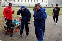Jeden z nejtěžších dnů zimní přípravy čekal opavské fotbalisty v úterý dopoledne. V kravařském parku museli zvládnout porci deseti kilometrů.