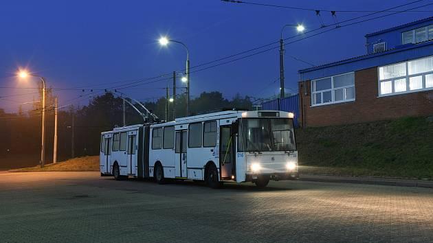 Do ulic Opavy poprvé vyjede kloubový trolejbus.