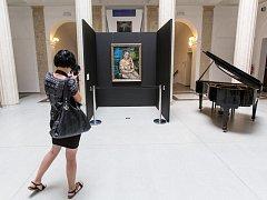 Až do 15. září můžete v Historické výstavní budově Slezského zemského muzea (SZM) obdivovat slavný portrét Mechtildy Lichnovské. Převezli ho sem odborníci specializované firmy Kunsttrans.