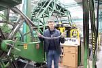 Georgij Kezua s vysokopevnostním lanem o průměru 48 mm.