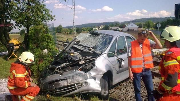 Dopravní nehoda na železničním přejezdu ve Štítině.