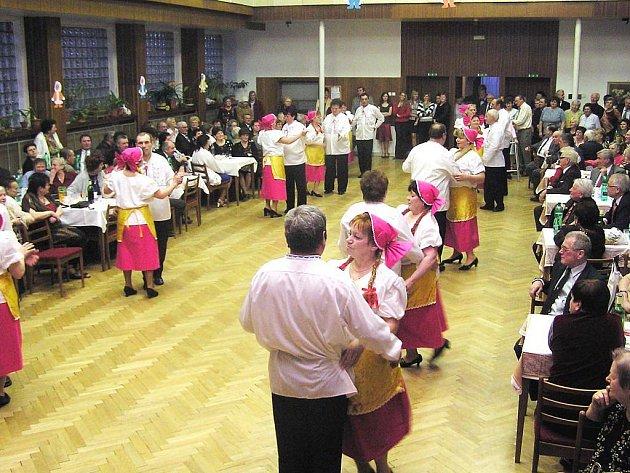 Kulturní dům v Hlavnici slaví 35 let. Zažil už mnohé akce a v sobotu se bude slavit ve velkém.