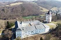 Hradec nad Moravicí pohledem z dronu.