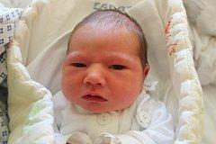 """Štěpán Kukol přišel na svět 1. května, vážil 3,52 kilogramu a měřil 51 centimetrů. """"Je to naše třetí miminko. Doma už na něj čekají dva bratříčci. Do života mu přejeme hodně štěstí,"""" řekli rodiče Martin a Kateřina Kukolovi z Velkých Heraltic."""
