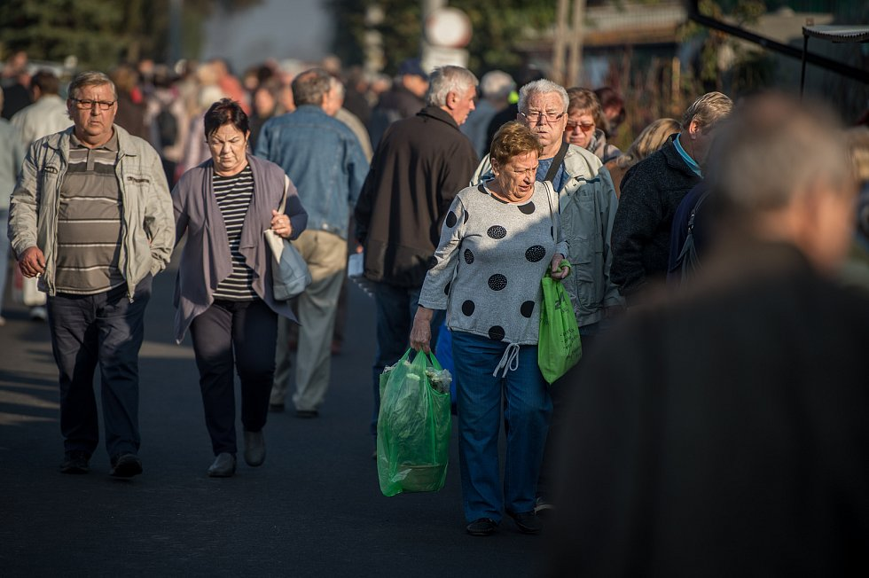 Trhy v polském Zabělkově.