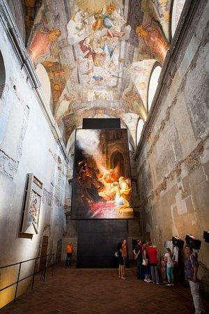 Interiér kostela svatého Václava vOpavě byl vroce 2007Komorou českých architektů vyhlášen jako Interiér roku.
