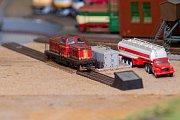 Železniční modeláři ze Lhoty se loučili s veřejností.