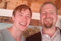 Opavan Lukáš Salich (vlevo) se zakladatelem Liberlandu Vítem Jedličkou.