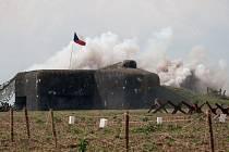 U opevnění v Milostovicích probíhají nejrůznější akce pravidelně. Kromě ukázek bojů se bunkry pod vedením Klubu vojenské historie Opava zapojí také do sobotních Světel nad bunkry.