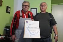 Dvojice opavských signatářů Charty 77 Jaroslav Kukol (vlevo) a Zdeněk Pika.