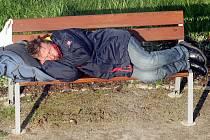 Aby nemuseli bezdomovci trávit mrazivé noci venku, mohou využít služeb opavské Armády spásy, která poskytuje nocleh mužům i ženám.