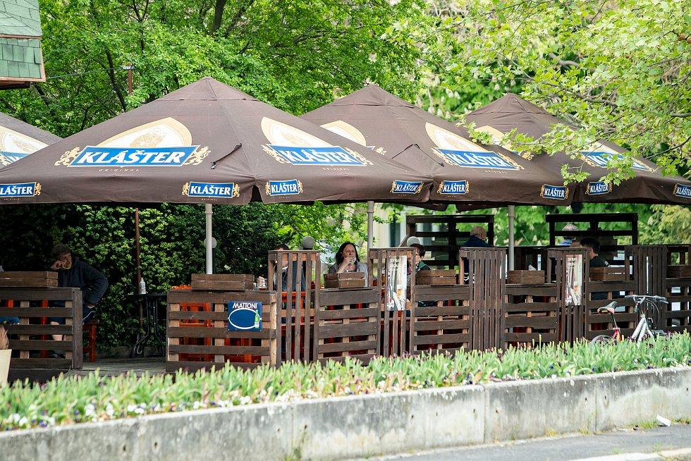 Otevření zahrádek v Opavě se neslo v poklidném duchu.