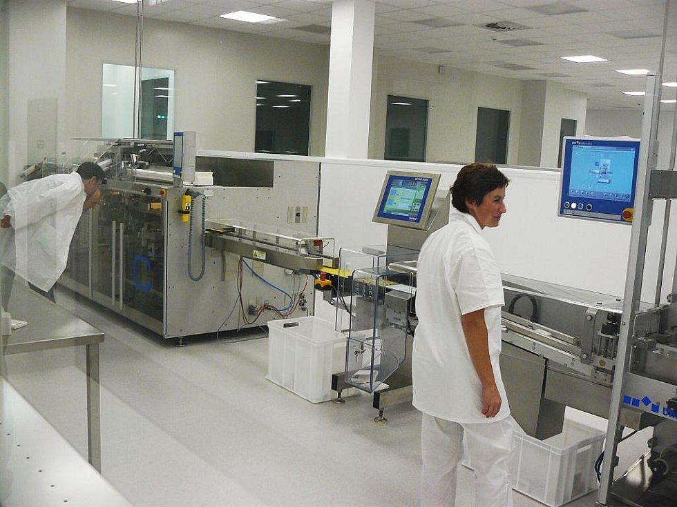 Továrna je vybavena nejnovější technologií.