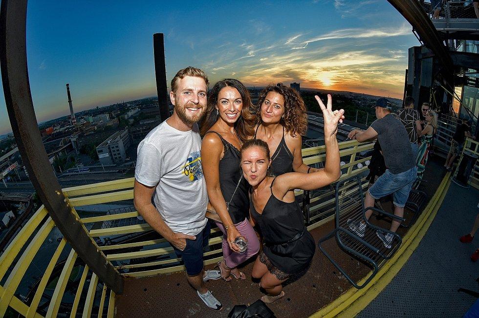Na střeše OC Breda se ve středu 21. července uskuteční party.