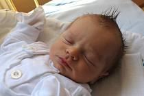 Eliáš Konečný se narodil 5. července, vážil 3,21 kilogramů a měřil 50 centimetrů. Rodiče Martina a Lukáš z Kravař svému prvorozenému synovi přejí, aby byl v životě hlavně zdravý.