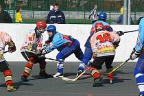 Opavští hokejbalisté senzačně dvakrát vyhráli v Sudoměřicích.