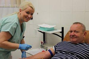 Darujte krev se starosty Hlučínska