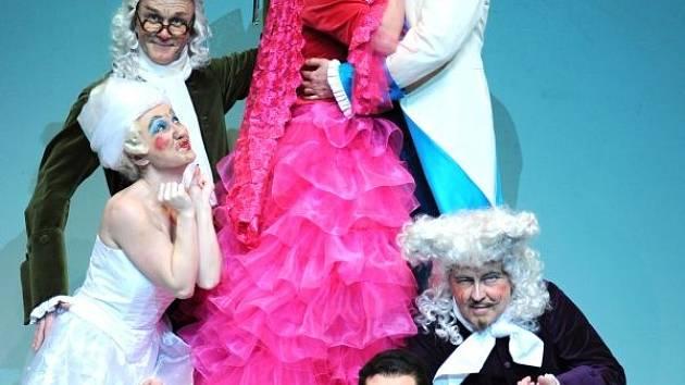 Slezské divadlo tuto neděli uvede Lazebníka sevillského.