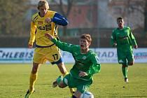 Petr Ondrušík (v zeleném, číslo 18)