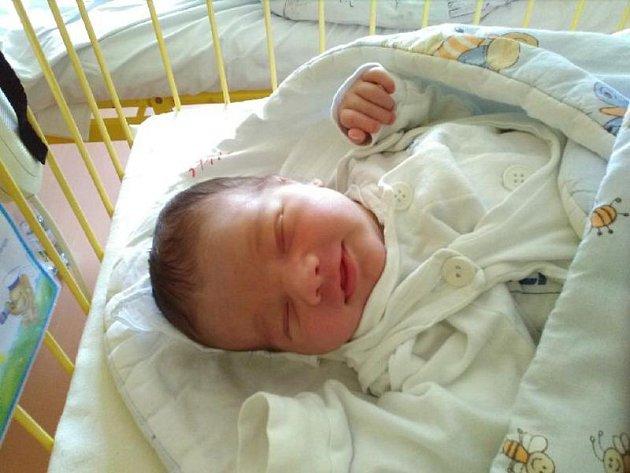 Richard Balner se narodil 7. července, vážil 3,86 kilogramů a měřil 52 centimetrů. Rodiče Milada a Jan z Opavy mu přejí hlavně hodně zdraví a štěstí.