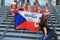 Mistrovství Evropy v disko dance se letos uskutečnilo v Chomutově. Opavská taneční škola Dance4Life měla svá želízka v ohni.