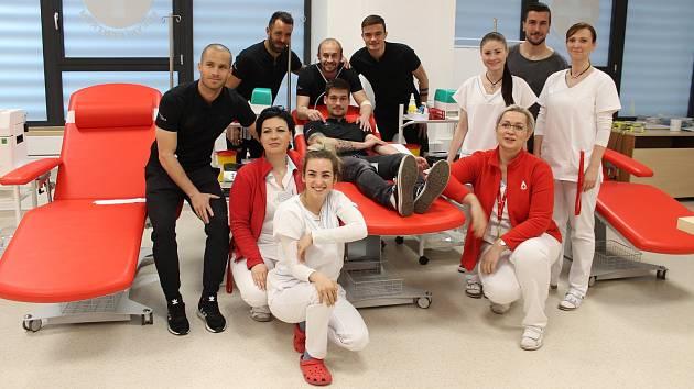 Fotbalisté SFC Opava darovali krev.
