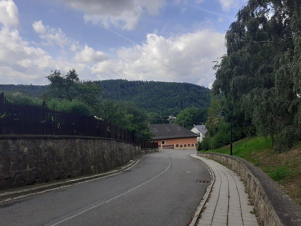 Pohled na vrch Hanuše v Hradci nad Moravicí.