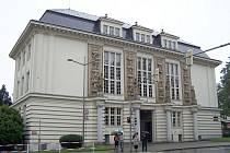 Knihovna Petra Bezruče nově disponuje modernějším systémem požární ochrany.