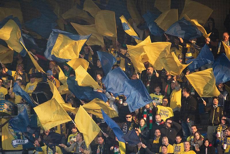 Opava - Zápas 15. kola fotbalové FORTUNA:LIGY mezi SFC Opava a FC Baník Ostrava 11. listopadu 2018. Fanoušci SFC Opava.