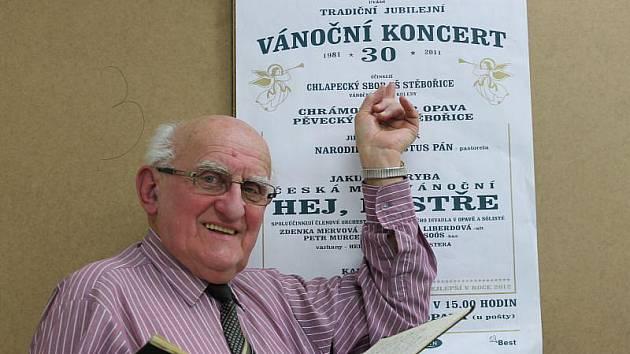 Karla Kosteru od pořádání vánočního koncertu neodradila ani nepřízeň bývalého režimu.