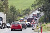 Semafory na jedenáctce pod Hrabyňským kopcem vám cestu z Opavy do Ostravy a zpět spolehlivě prodlouží.