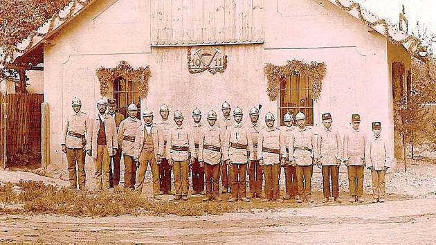 Rok 1911 a sbor hasičů v Kamenci.