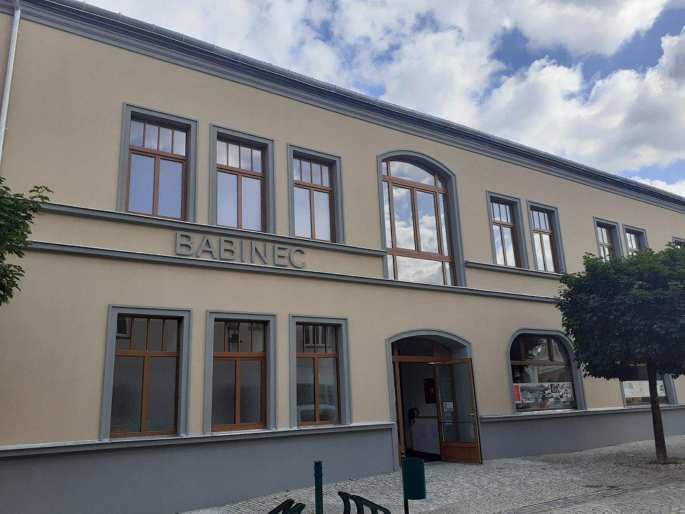 Budova Babince v Hradci nad Moravicí po rekonstrukci, září 2021.
