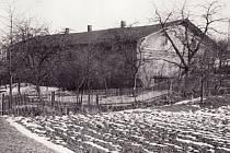 Fotografie budovy kyjovického pivovaru z roku 1968. Pohled z ulice od Václava Lichého.