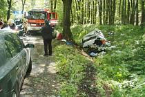 Nehoda, při které byl vážně zraněn sedmnáctiletý spolujezdec, se udála včera odpoledne mezi Bolaticemi a Chuchelnou.