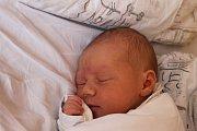 Denisa Žůrková se narodila 9. srpna 2016, vážila 3,12 kilogramů a měřila 49 centimetrů. Rodiče Radka a Lukáš z Komárova jí přejí, aby měla v životě kolem sebe samé dobré lidi. Na Denisku se doma těší bráška Matoušek.