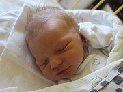 Matěj Vícha se narodil 13. června, vážil 3,93 kilogramů a měřil 54 centimetrů. Rodiče Lenka a Adam z Benkovic přejí svému prvorozenému synovi zdraví, štěstí a aby se mu v životě dobře dařilo.